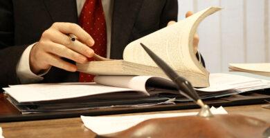 Doctrina y Derecho