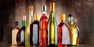 ¿Cuál es la Diferencia entre Vino y Licor? Te lo explicamos todo