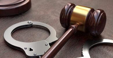 ¿Cuál es la Diferencia entre Arresto y Detención? Te lo explicamos todo