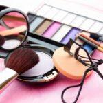 ¿Cuál es la Diferencia entre Cosmético y Maquillaje? Te lo explicamos todo